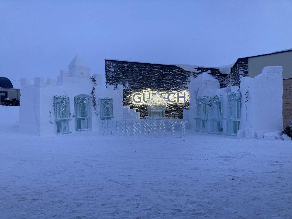 Schnee- Eisskulptur Gütsch Andermatt
